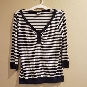 Women's Old Navy white and navy blue striped top